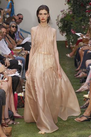 Показ Maison Rabih коллекции сезона Осень-зима 2010-2011 года haute couture - www.elle.ru - Подиум - фото 168203