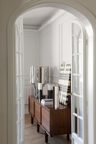 Квартира в стиле мидсенчури в Барселоне (фото 5.1)