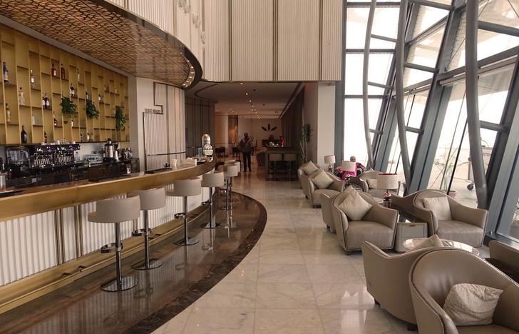 VIP-лаунж в аэропорту Омана обставили мебелью Longhi (фото 1)