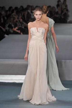 Показ Elie Saab коллекции сезона Весна-лето 2009 года Haute couture - www.elle.ru - Подиум - фото 86591