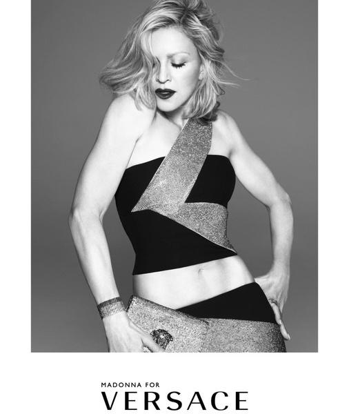 Мадонна вновь стала лицом рекламной кампании Versace