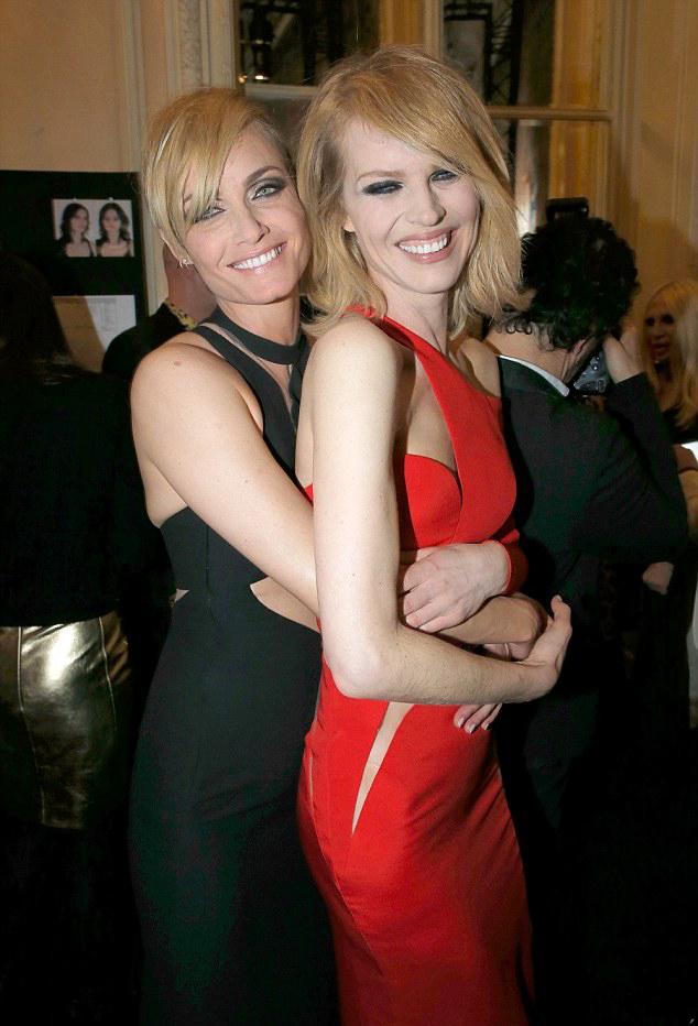 Амбер Валетта и Ева Герцигова в Atelier Versace