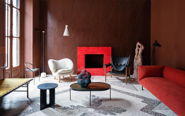 Темное царство: квартира в Милане (фото 0)