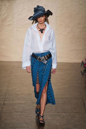 Donna Karan New York | Подиум на ELLE - Подиум - фото 3559