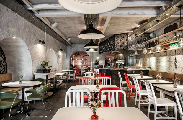 Собачье дело: 10 ресторанов Москвы, в которые стоит идти с собакой (фото 1)