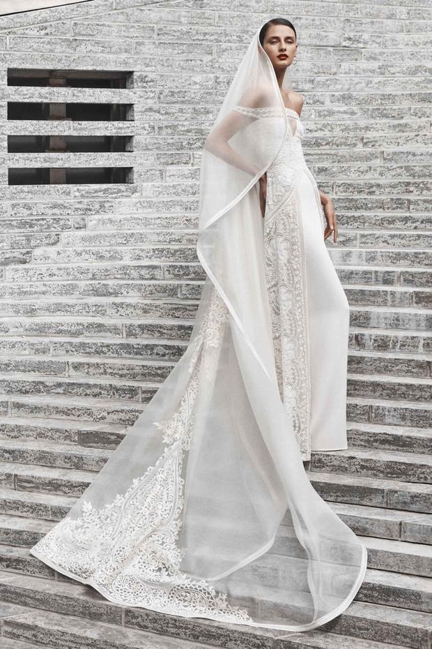 16 платьев из новой свадебной коллекции  Naeem Khan (фото 5)