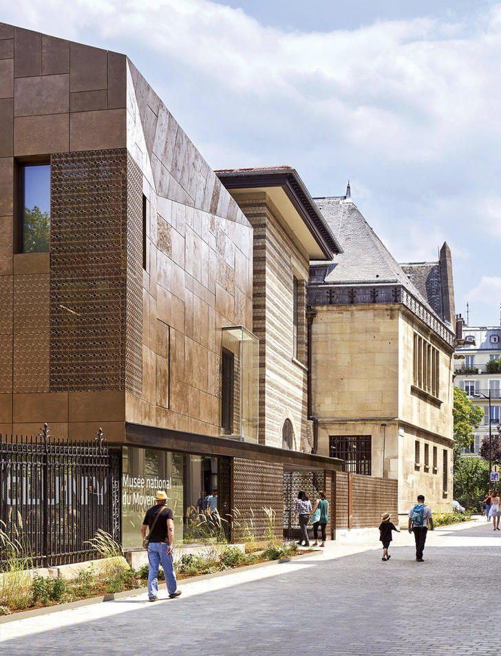 Новый фасад Музея Клюни в Париже (фото 0)
