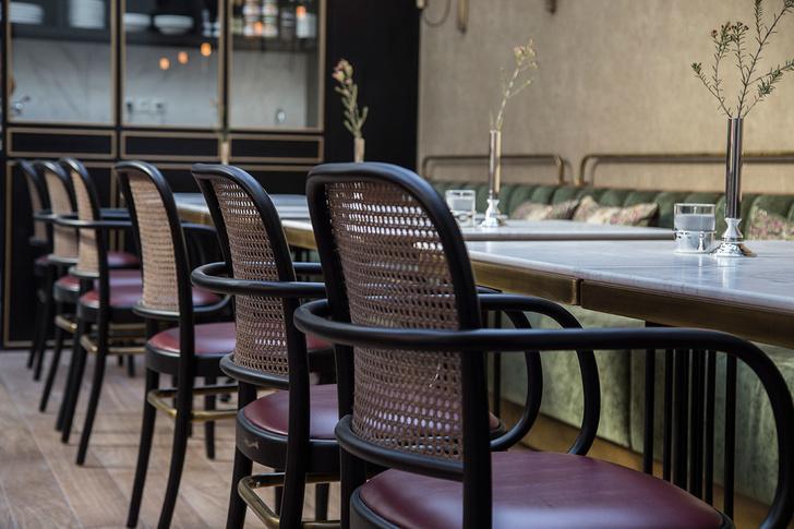 Афинский ресторан в стиле ретро (фото 12)