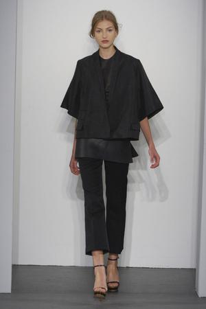 Показы мод Calvin Klein Весна-лето 2011 | Подиум на ELLE - Подиум - фото 2622