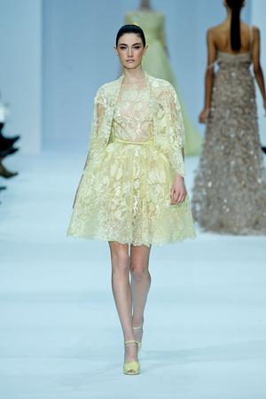 Показ Elie Saab коллекции сезона Весна-лето 2012 года haute couture - www.elle.ru - Подиум - фото 332662