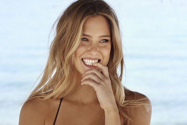 Бар Рафаэли снялась в рекламе купальников