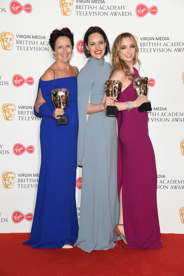 Прекрасные победительницы: звезды сериала «Убивая Еву» на церемонии BAFTA (фото 2)