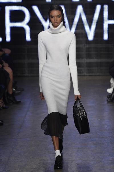 Неделя моды в Нью-Йорке: лучшие показы уикенда | галерея [3] фото [2]
