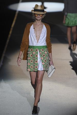 Показы мод DSquared2 Весна-лето 2011 | Подиум на ELLE - Подиум - фото 2532