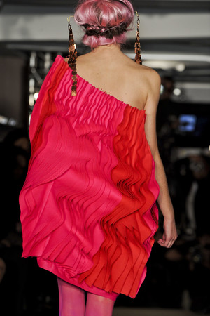 Показ Maurizio Galante коллекции сезона Весна-лето 2011 года Haute couture - www.elle.ru - Подиум - фото 216746