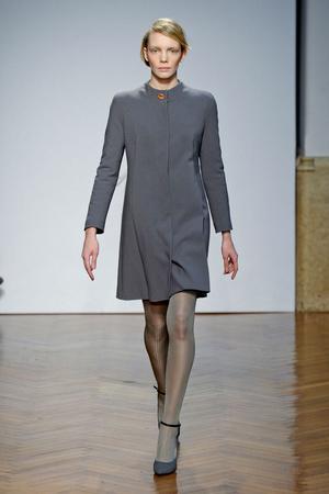 Показы мод Marco De Vincenzo Осень-зима 2011-2012 | Подиум на ELLE - Подиум - фото 2203