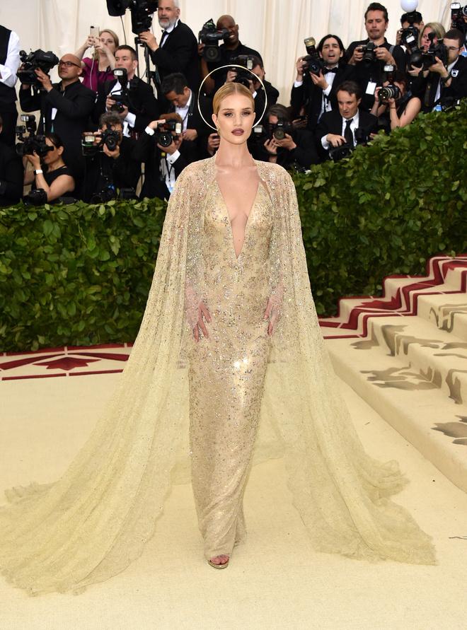 Met Gala 2018: самые красивые платья звезд (фото 11.1)