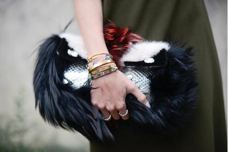 В СВОИХ РУКАХ: Как правильно носить браслеты | галерея [1] фото [2]