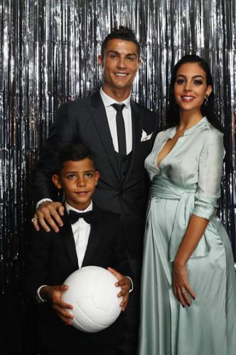 Криштиану Роналду и Джорджина Родригес на футбольной премии в Лондоне фото [3]