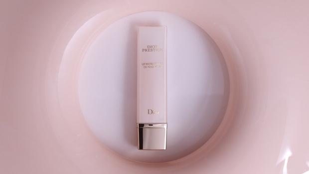 Новинка от Dior: средство для кожи вокруг глаз Le Micro-Sérum de Rose Yeux (фото 1)