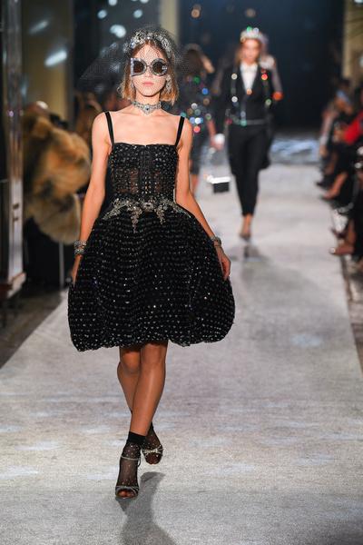 Во всем блеске: cекретное шоу Dolce & Gabbana в Милане (галерея 1, фото 0)