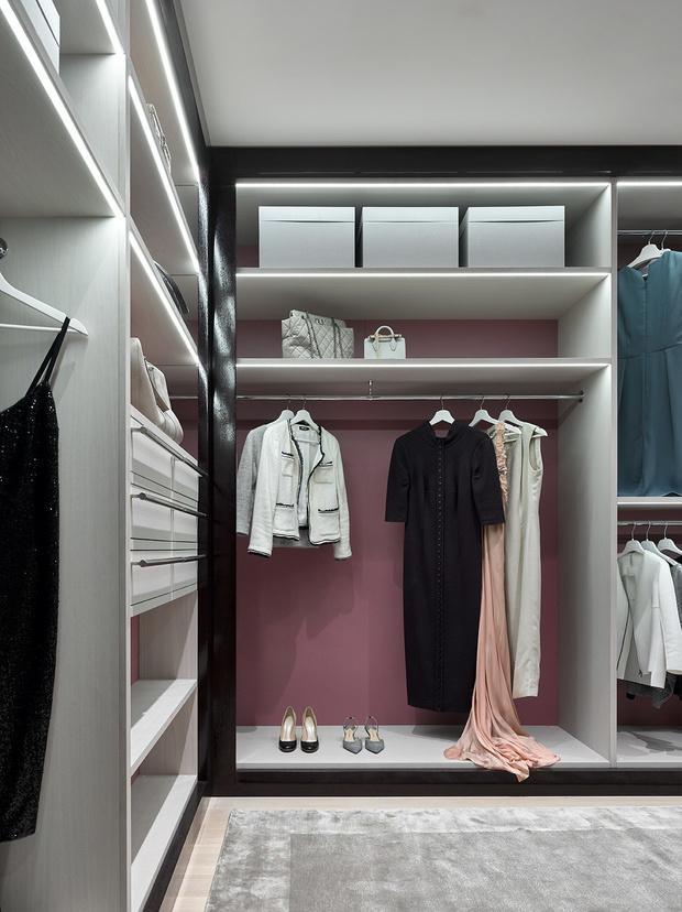 Практичная гардеробная: 5 главных правил (фото 18)