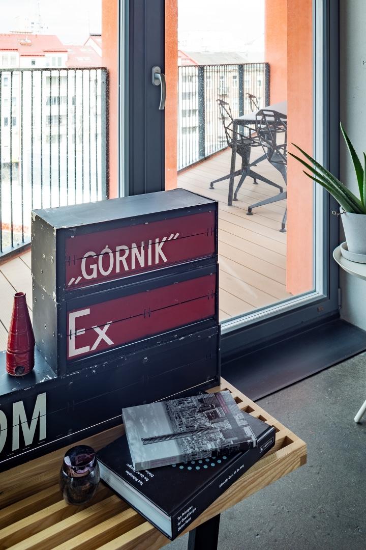 Бетонная квартира 55 м² архитектора Пшемо Лукашика в Варшаве (фото 5)