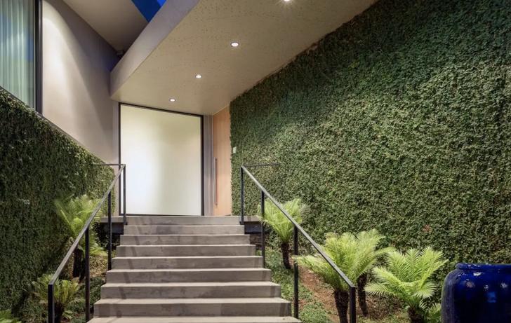 Илон Маск продает дом в Лос-Анджелесе за 4,49 млн долларов (фото 3)