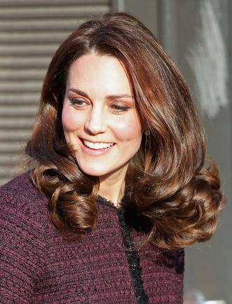 Новый выход беременной Кейт Миддлтон (фото 4)