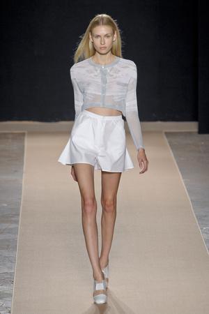 Показы мод Marco De Vincenzo Весна-лето 2013 | Подиум на ELLE - Подиум - фото 1078
