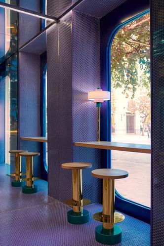 Фиолетовый суши-бар Kento в Валенсии (фото 3.2)