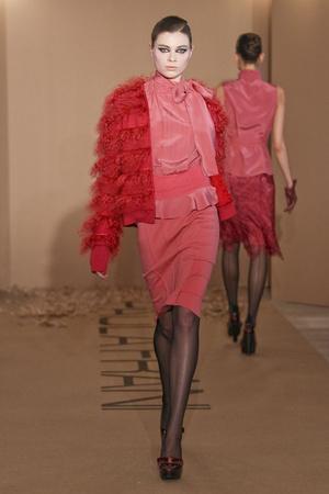 Показы мод Paola Frani Осень-зима 2011-2012 | Подиум на ELLE - Подиум - фото 2255