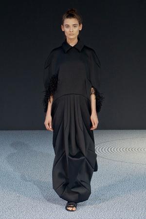 Показ Viktor & Rolf коллекции сезона Осень-зима 2013-2014 года Haute couture - www.elle.ru - Подиум - фото 556556