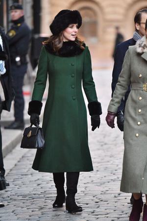 Кейт Миддлтон и принц Уильям прибыли с официальным визитом в Стокгольм (фото 10)
