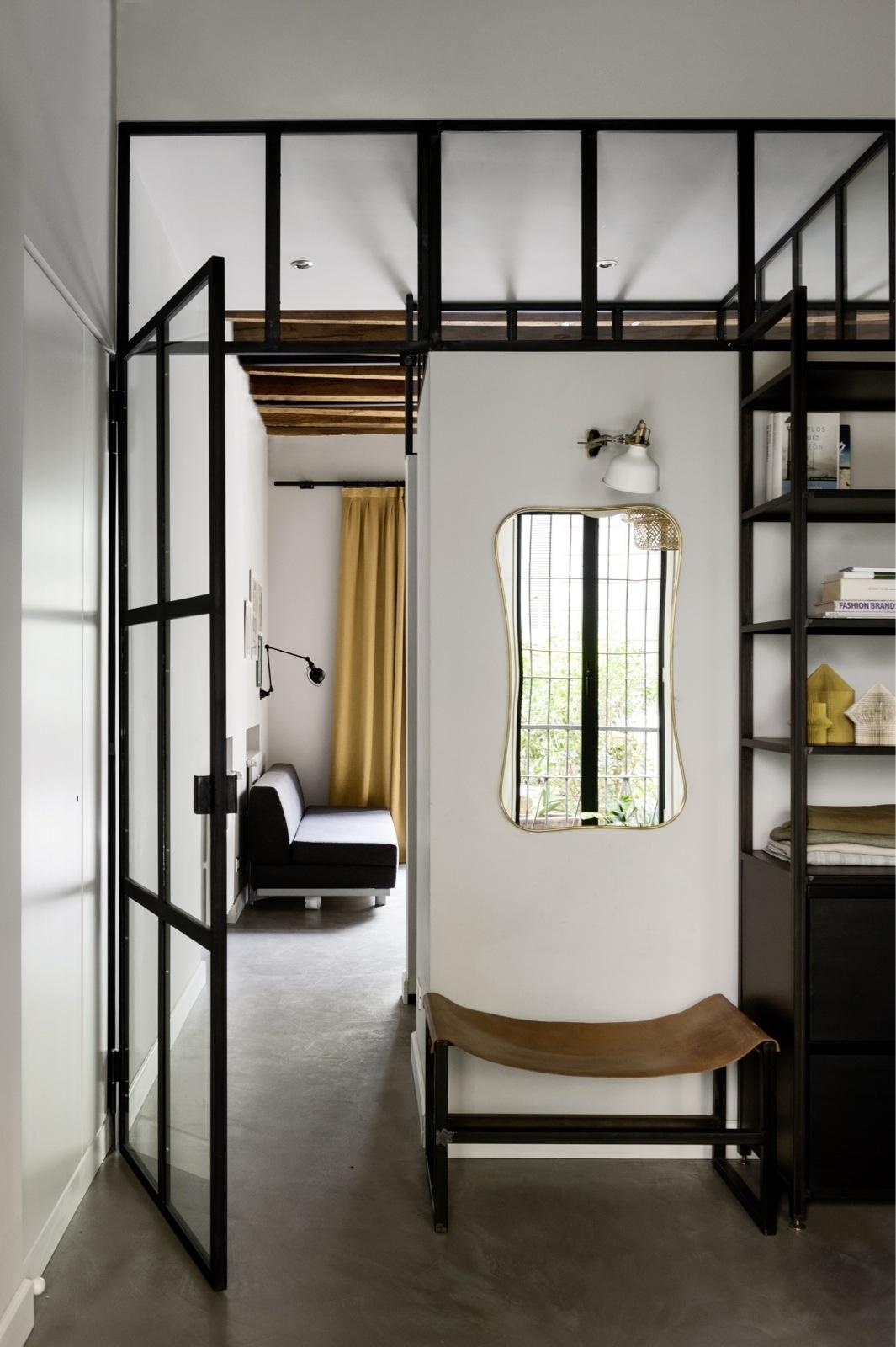 Зеркала в прихожей: 15 стильных решений (галерея 0, фото 3)
