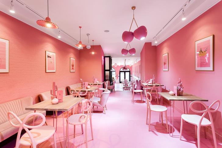 Вишенка на торте: розовое кафе в Лешно (фото 0)