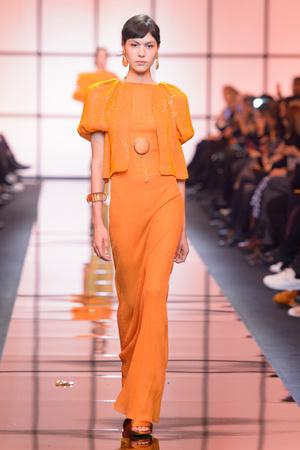 Весна  2017 | Модные показы | Подиум ELLE - Подиум - фото 4783