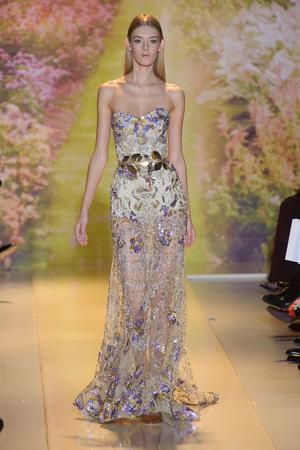 Показ Zuhair Murad коллекции сезона Весна-лето 2014 года haute couture - www.elle.ru - Подиум - фото 575371