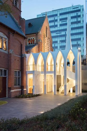 Новая школа церковного хора от Palassis Architects (фото 9.2)