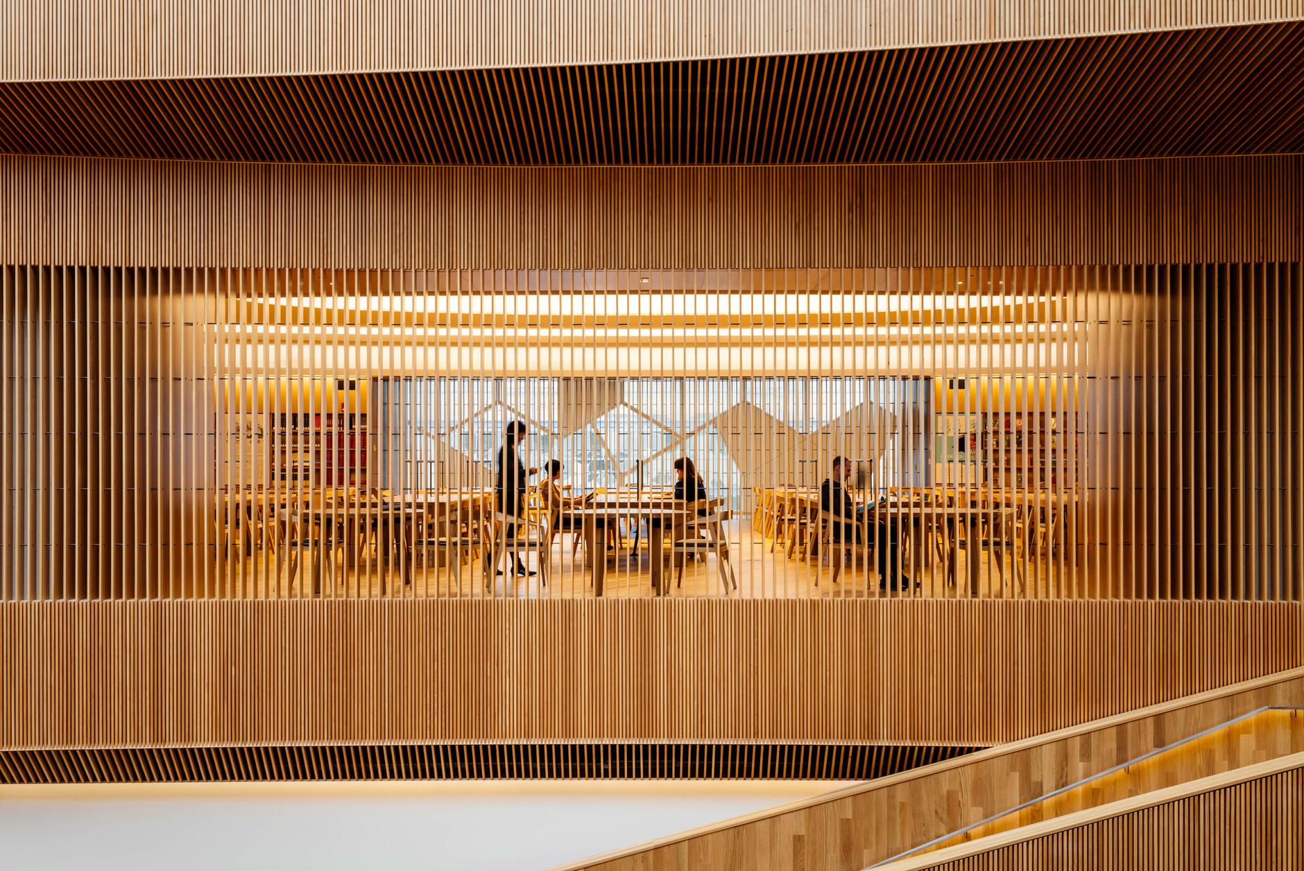 В Калгари открылась городская библиотека по проекту Snøhetta (галерея 10, фото 4)