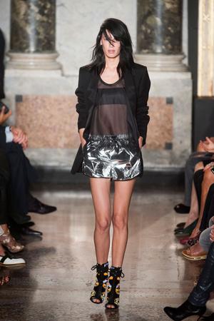 Показы мод Emilio Pucci Весна-лето 2014 | Подиум на ELLE - Подиум - фото 3625