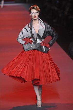 Показы мод Christian Dior Весна-лето 2011 | Подиум на ELLE - Подиум - фото 2462