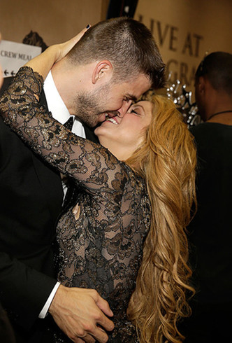 Вместе или нет? Что на самом деле происходит в отношениях Шакиры и Пике? фото [2]