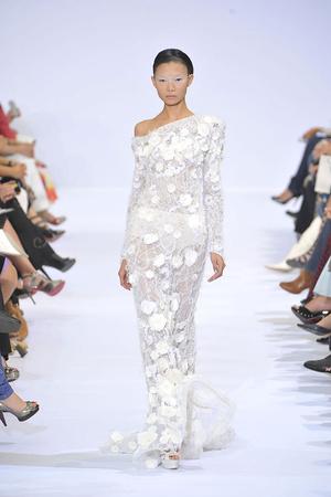 Показ Elie Saab коллекции сезона Осень-зима 2009-2010 года haute couture - www.elle.ru - Подиум - фото 87531