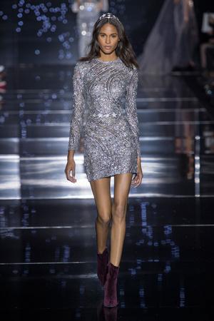 Показ Zuhair Murad коллекции сезона Осень-зима 2015-2016 года haute couture - www.elle.ru - Подиум - фото 597311
