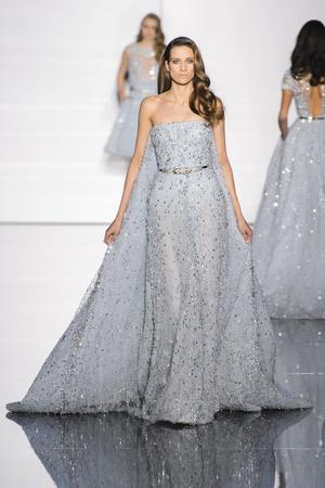 Показ Zuhair Murad коллекции сезона Весна-лето 2015 года haute couture - www.elle.ru - Подиум - фото 593246
