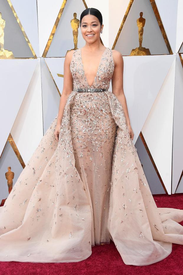 Равнение на грудь: наряды с декольте на Оскаре-2018 (фото 1)
