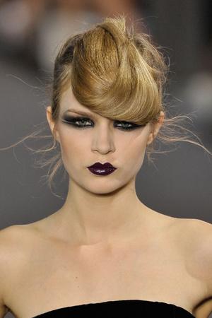 Показ Stephane Rolland коллекции сезона Осень-зима 2011-2012 года haute couture - www.elle.ru - Подиум - фото 278342