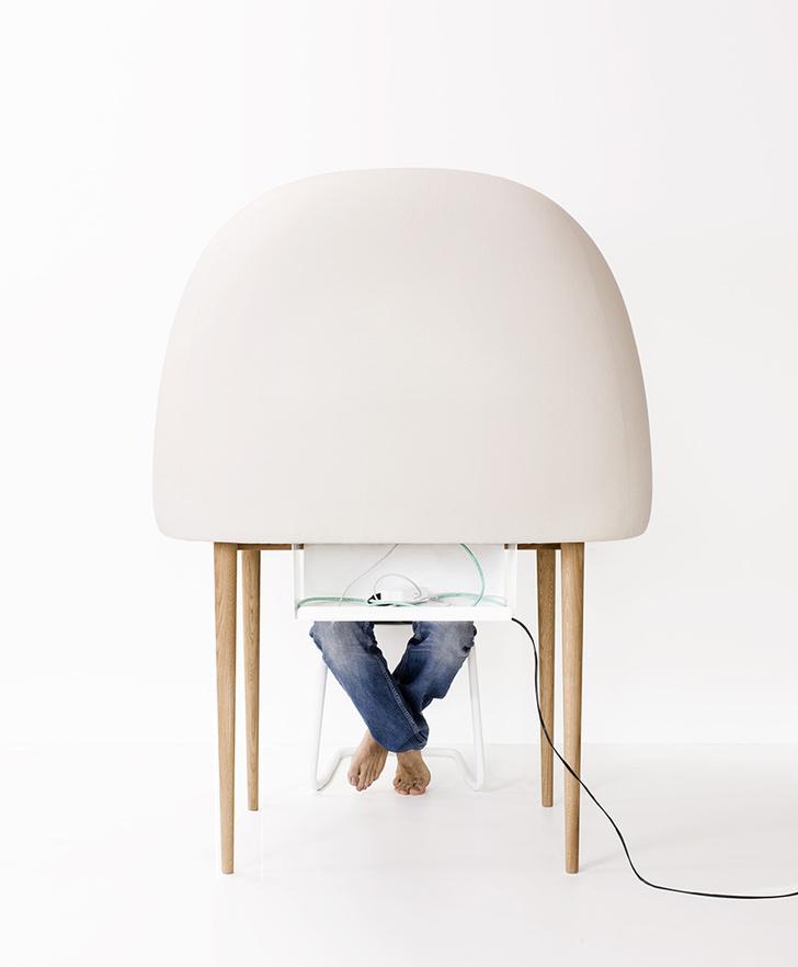Письменный стол Rewrite для Ligne Roset, 2011 год.