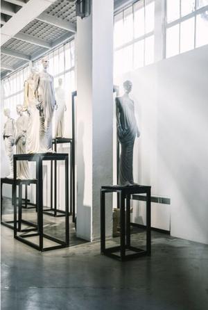 Рик Оуэнс: мебель из мрамора и рога (фото 3.2)
